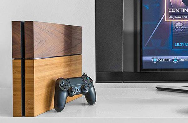 Sony PlayStation 4 with Balolo wood veneer finish