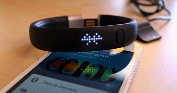 The similar form factor Nike Fuelband