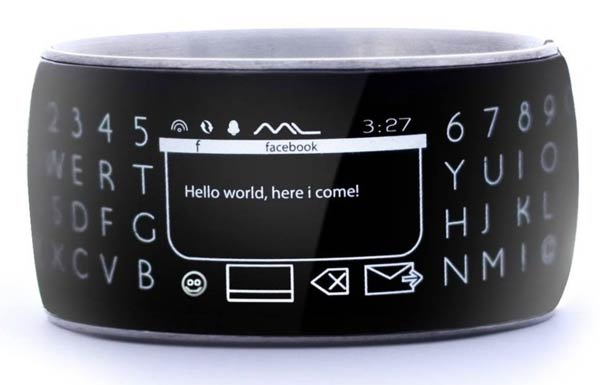 Moment Smartwatch Keyboard