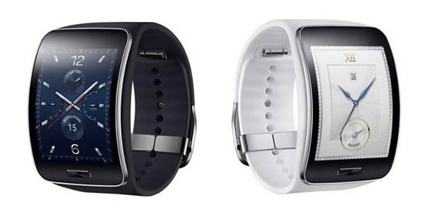 Samsung Gear S in black and white