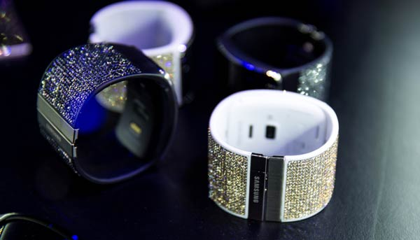 Swarovski for Samsung Collection Gear S Straps
